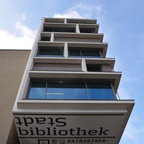 مكتبة المدينة نورنبيرغ   Stadtbibliothek Nürnberg